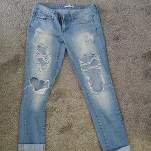 Ultra distressed 2.1 jean